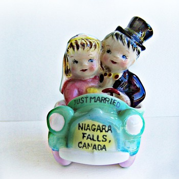 Lovely Lefton Just Married Salt and Pepper Shakers