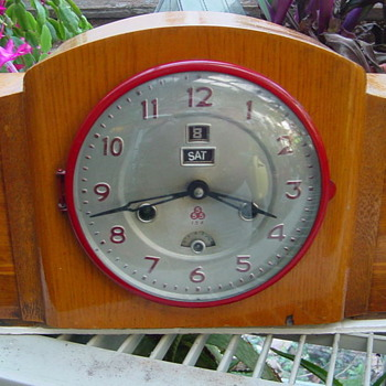 1945 - 50's Chinese Day and Date clock with Military Time Display