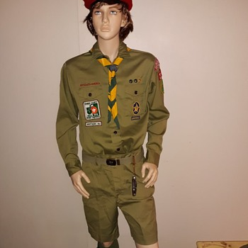 Saturday Evening Scout Post 1970s Boy Scout Uniform - Medals Pins and Badges
