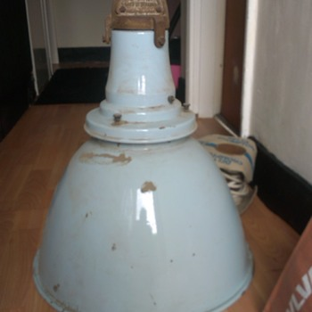 Pendant enamel light came out of a old church id love to no the makers name or any infomation on it as i cannot find one