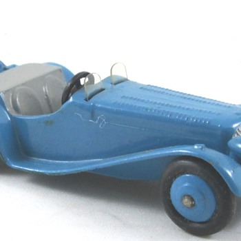 Dinky Jaguar - Model Cars