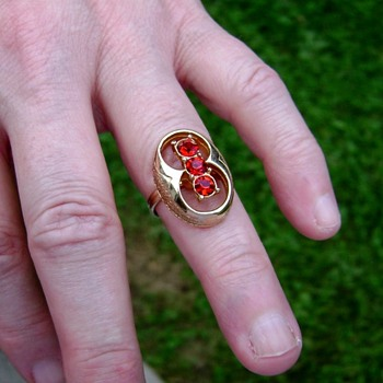 Sarah Coventry Ring - Firefly - Costume Jewelry
