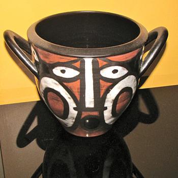 RARE GUSTAV SPORRI AFRICAN STYLE VASE - Pottery
