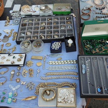 This Is A Sellers Jewelry Display at the Flea Market! For Fun! :^D - Costume Jewelry