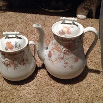 Teapot set - China and Dinnerware