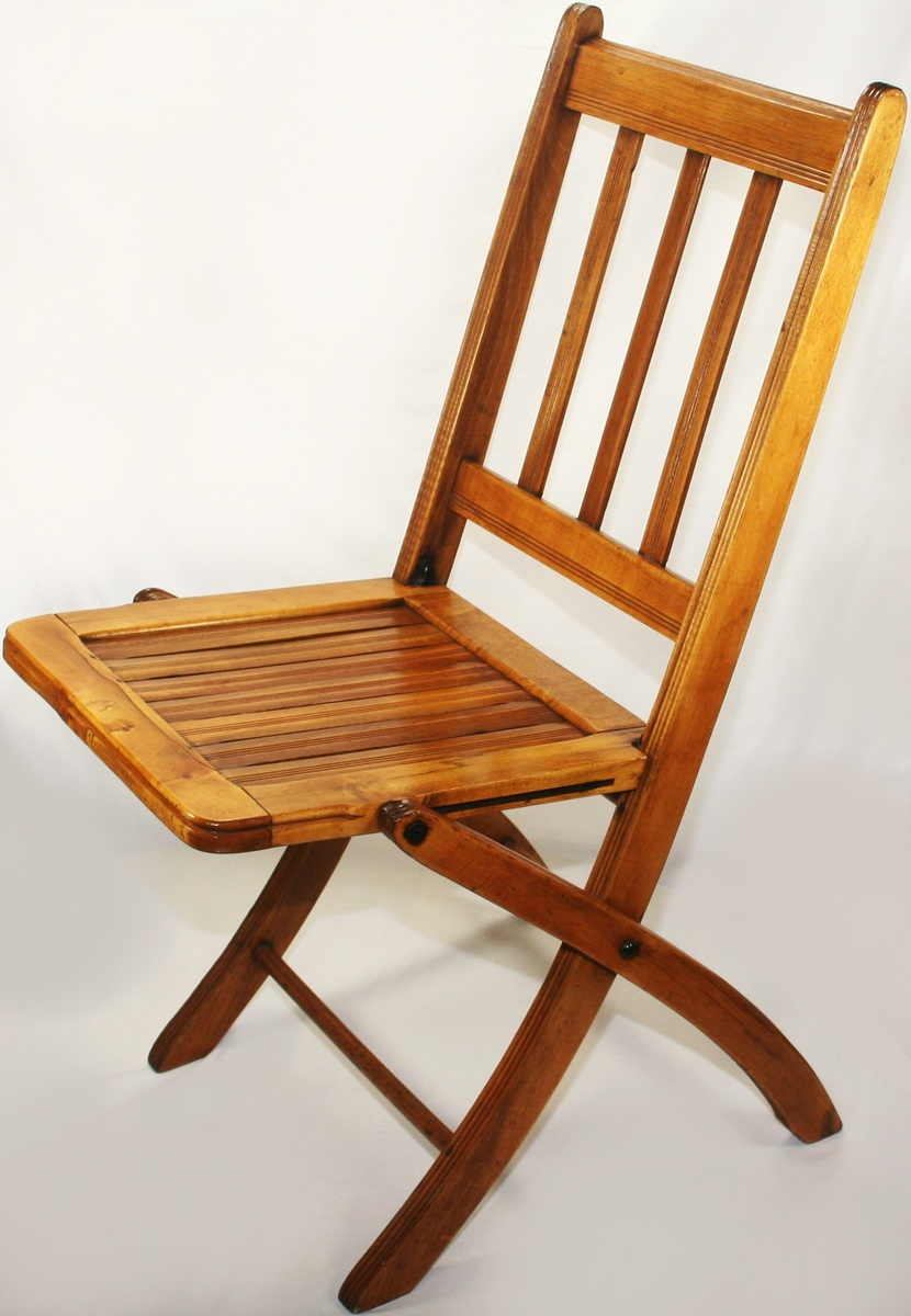 Incroyable Beautiful Vintage Art Deco Era Folding Wooden/Slatted Chair | Collectors  Weekly