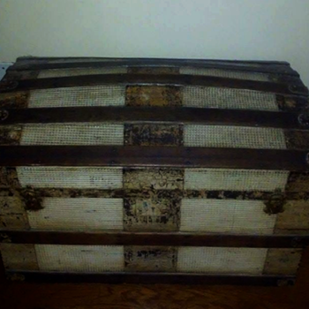 This ole Trunk of mine. - Furniture