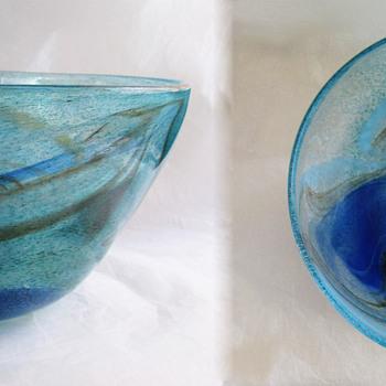 Johansfors 1967 Spontana Bowl by Bengt Orup - Art Glass