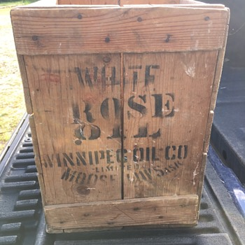 White Rose Oil Crate - Petroliana