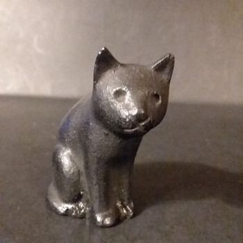 Iwachu cast iron kuroneko (black cat) paperweight for Kotobuki Trading Company - Animals