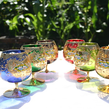 Beautiful Brandy Snifters - But Who Made Them? - Art Glass