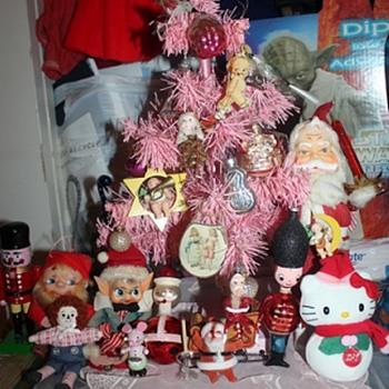 A Resplendent Display of Brumal Cheer - Christmas
