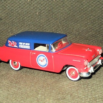 Greenlight Running On Empty Series 1955 Chevrolet One Fifty Sedan Delivery - Model Cars