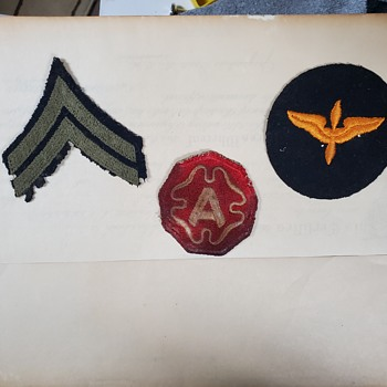 I need help identifying my dad's patches. - Military and Wartime