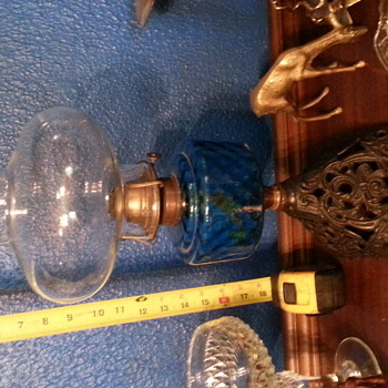 Blue glass oil lamp with cast Iron base - Lamps