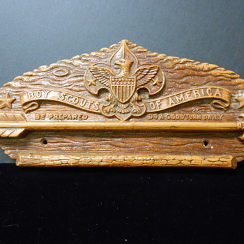 Syrocowood  Boy Scout Plaque~Used for displaying.... what??? - Sporting Goods