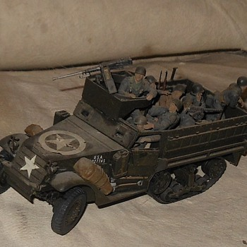 Tamiya M3A2 Halftrack 1/35 Scale - Military and Wartime