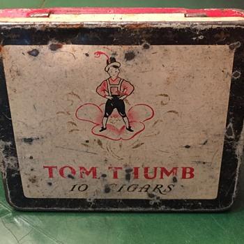 Tom Thumb metal tin. - Tobacciana