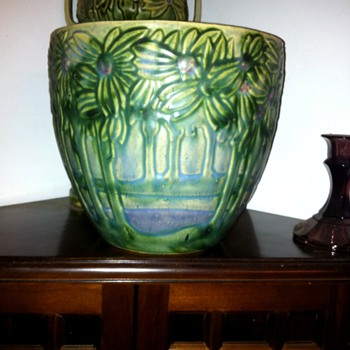 One of my weekend finds. - Pottery