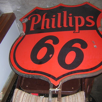 Older Phillips 66 Curb Sign