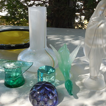 This Weeks Flea Market Art Glass Finds . . . European and U.S.A. . . Kosta Boda to Fostoria and Beyond ! :^) - Art Glass
