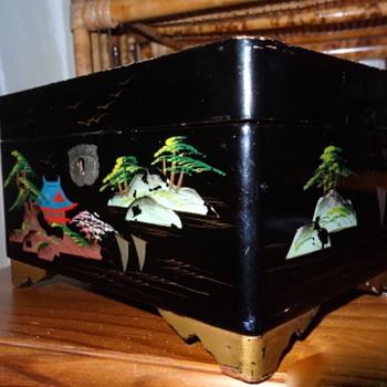 Oriental Music/ Jewellery Trinket Box
