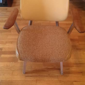 Royal Metal Manufacturing chair - Furniture