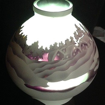 Cameo glass shade - Art Glass