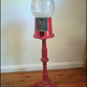 Gumball Machine - Coin Operated