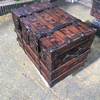 Trunk refinish - Furniture