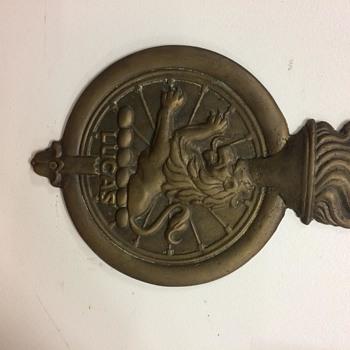 lucas plaque