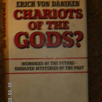 """1968 """"Chariot Of The Gods"""" by Erich Von Däniken ~1st Edition - Books"""