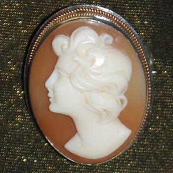 Cameo:  How old could it be? - Fine Jewelry