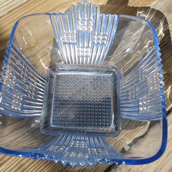 Blue square dish - Glassware