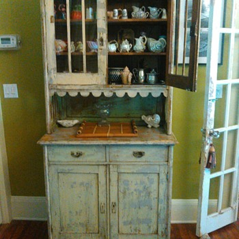 French Country Hutch - Furniture