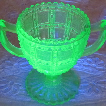 Vaseline Glass Sugar Bowl - Glassware