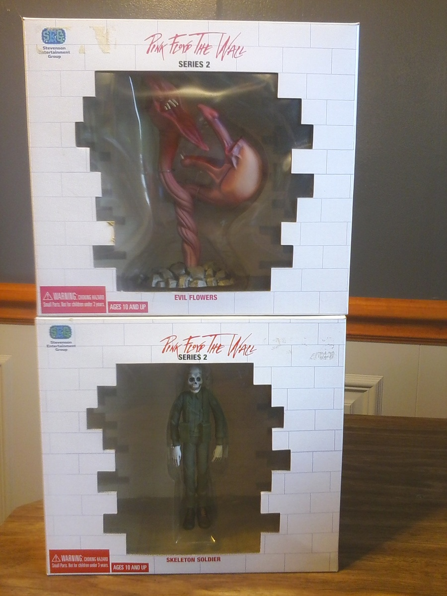 Pink Floyd The Wall Figures Collectors Weekly