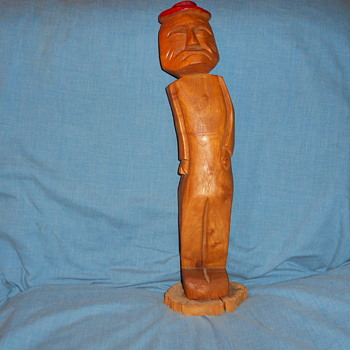 Folk art figurine,13' tall made of hardwood. - Folk Art