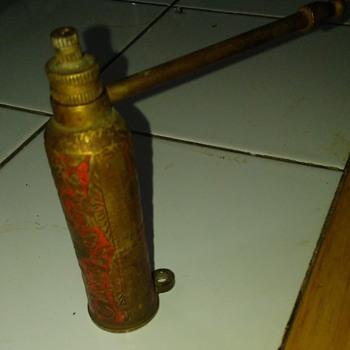 Antique pipe?