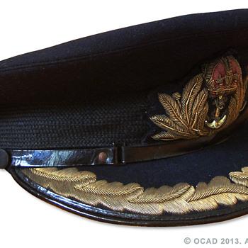 WW2 Royal Navy Commander's visor cap.