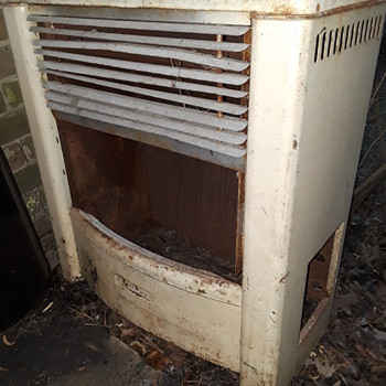 (most of an) old DEARBORN gas space heater - Tools and Hardware