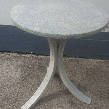"Another project for the paint, this time a table painted in Hobby craft ""Stone"" it covered up Ikea ugly"