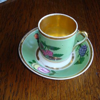 Our identified oldest porcelain: a Vincennes Tasse Litron