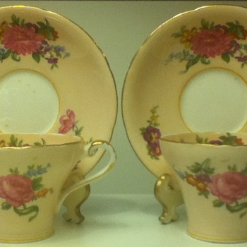 Aynsley Cup and Saucer Sets w/Decorated Cup Interiors - China and Dinnerware