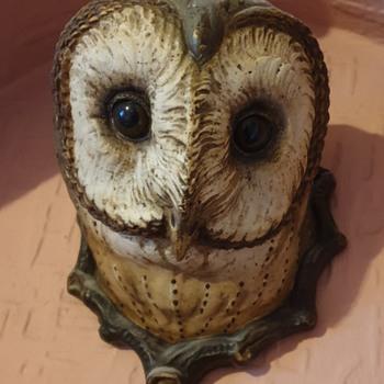 Antique Ceramic Owl Wall ornament - Animals
