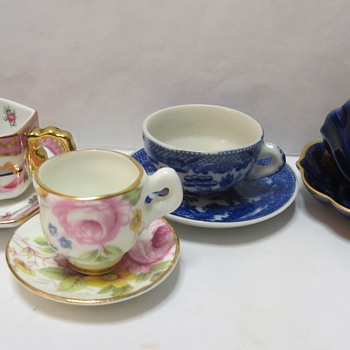 Miniature cups and saucers - Limoges etc - China and Dinnerware