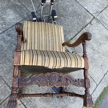 Antique throne chair  - Furniture