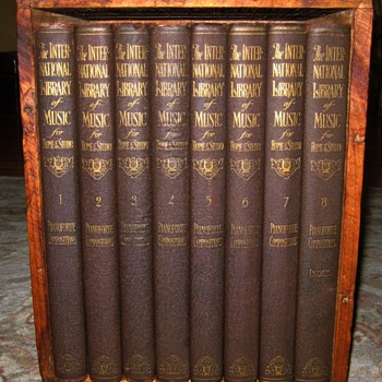 1925 International Library Of Music Books (For Brunswick) - Books