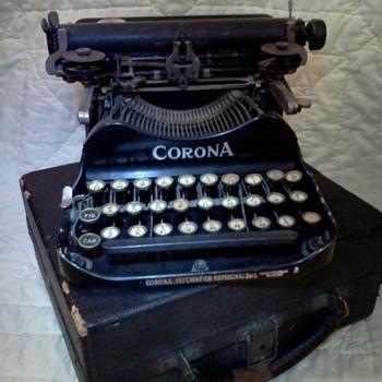 Vintage Typewriter's - Office