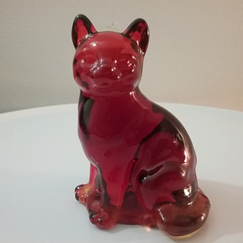 Fenton Glass cat  - Animals